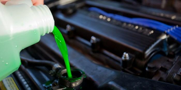 طريقة اختيار افضل ماء لتبريد ردياتير سيارتك
