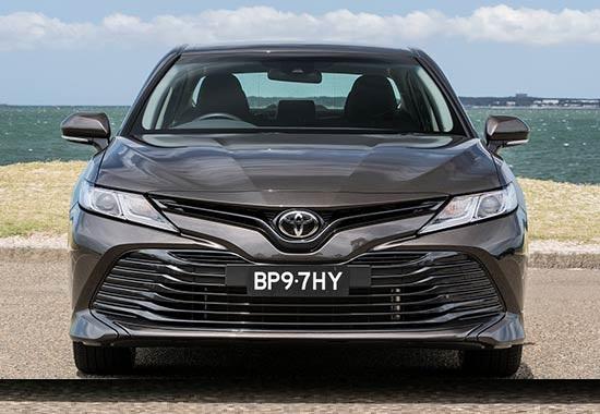 سيارة تويوتا كامري 2019 مميزات وعيوب وأسعار ومواصفات