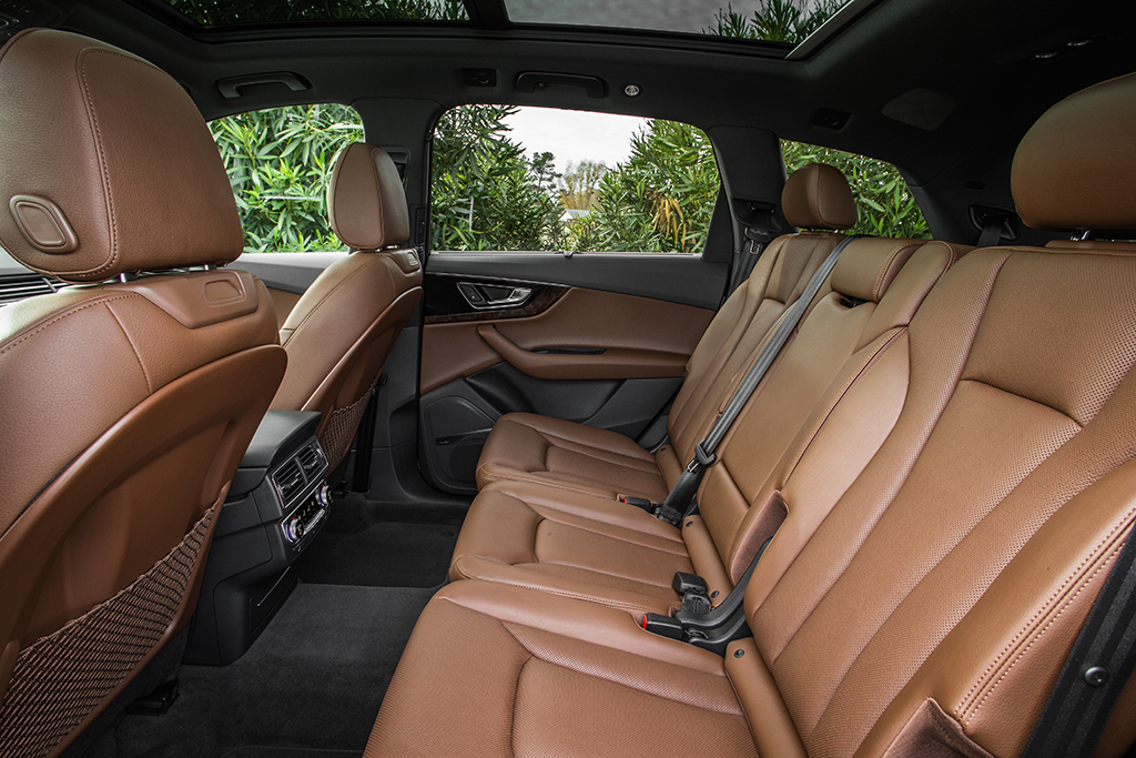 2019 Audi Q7 (5)