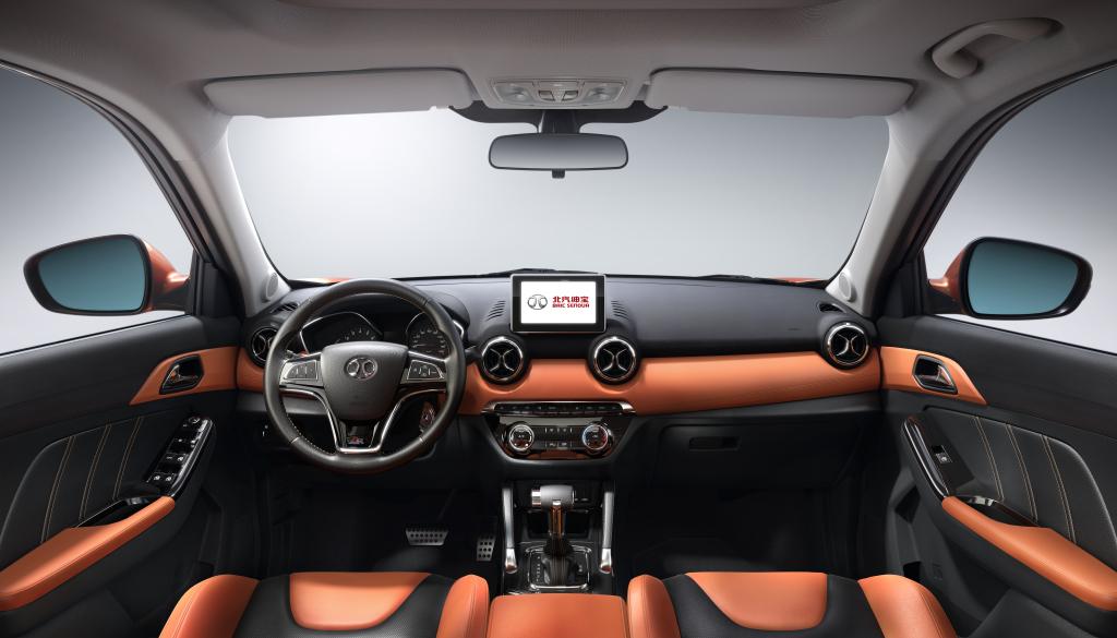 سعر ومواصفات ومميزات وعيوب سينوفا X35 2020