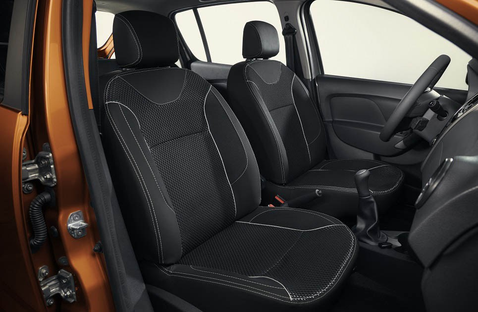 2016-Renault-Sandero-Stepway-facelift-front-cabin-launched-at-MXN-196600