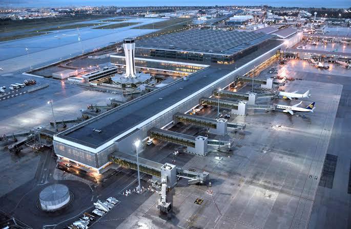 مطار ملقا