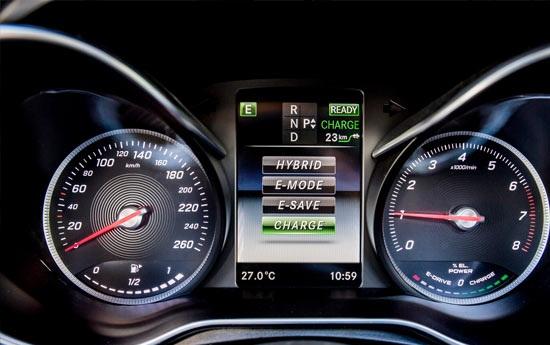 سيارة مرسيدس جي إل سي 300 2019 مميزات وعيوب وأسعار ومواصفات