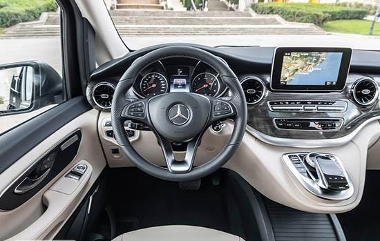 سيارة مرسيدس في 250 2020 مميزات وعيوب وأسعار ومواصفات