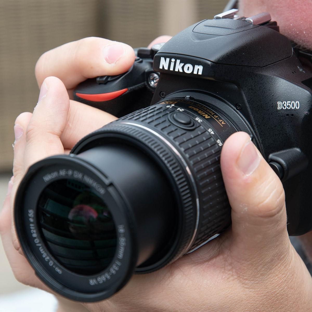 كاميرا Nikon D3500