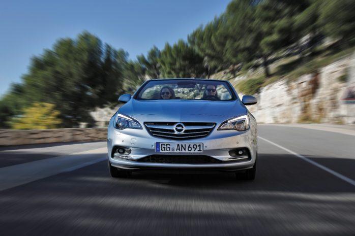 Opel-Cascada-302101-698x465