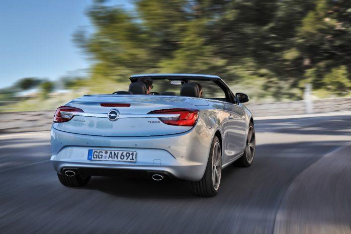 Opel-Cascada-302105-698x465