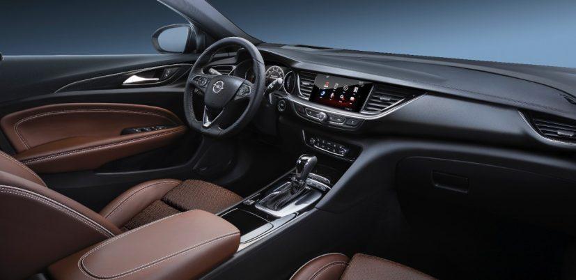 Opel-Insignia-304395-827x402