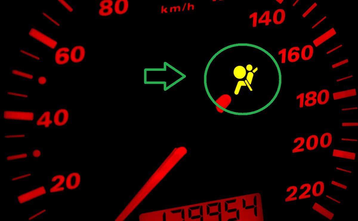 اسباب ظهور لمبة الايرباق في طبلون السيارة