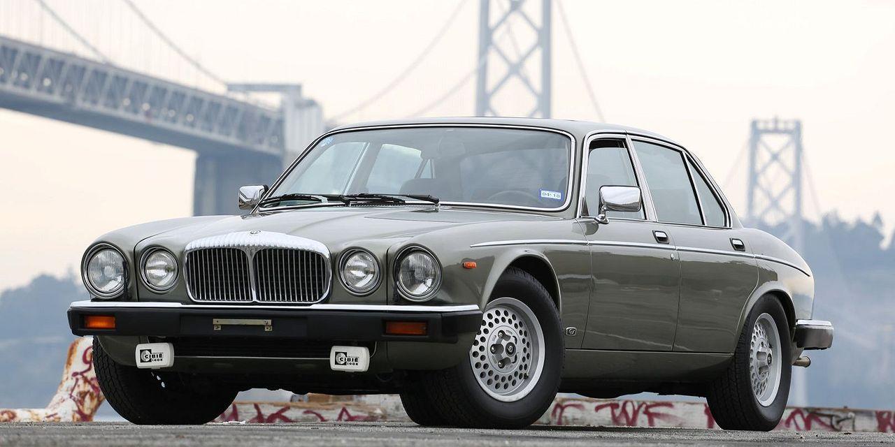 سيارات رخيصة وفخمة بمحركات ذات 12 سلندر